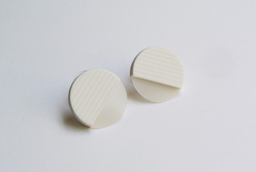 ○SEER PIERCE / EARRING【WHITE】
