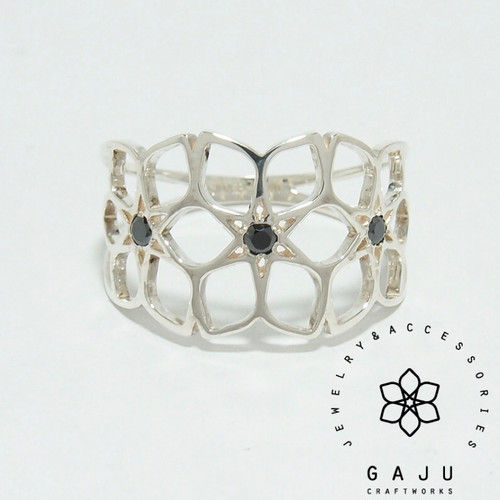 gajuvana Trinity ring (large・black CZ)