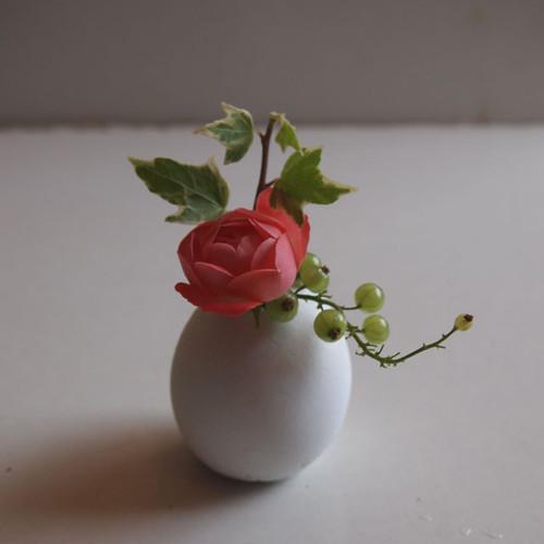 【完成品】セメント卵の一輪挿し(white)