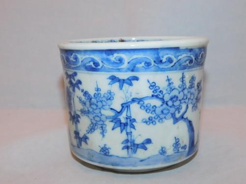 伊万里染付火入れ Imari porcelain ashtray (No2)