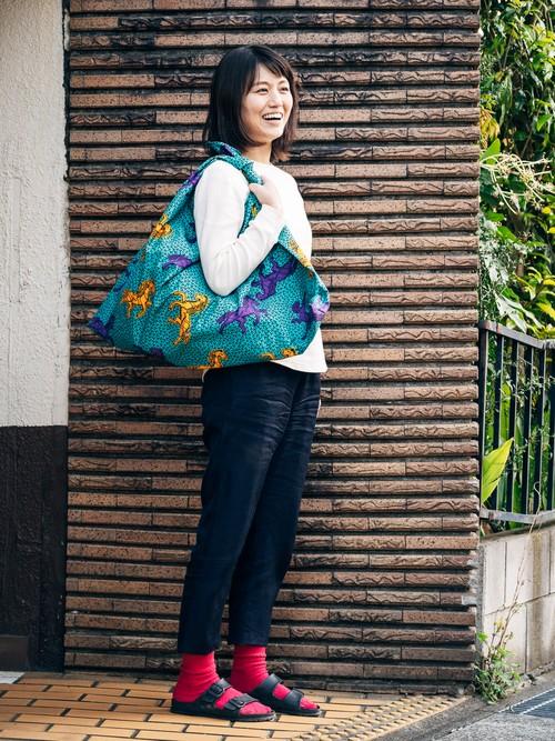 大きなあずま袋(エメラルドグリーンに黄色と紫の馬)
