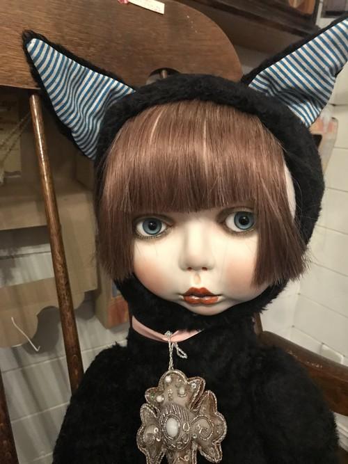 おにんぎょ屋葉 金曜日の黒猫 創作人形 お顔はビスク