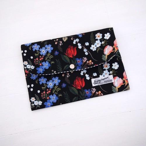 ハンドメイド リバティ 母子手帳ケース ハイディ/ブラック Lサイズ パスポートケース