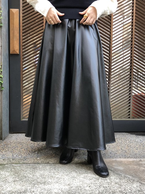 【20AW】TRENT トラント / Fake Leather Flare Skirt