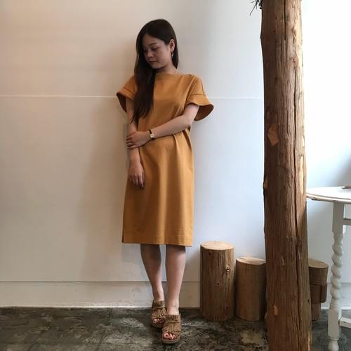 CLOCHE/袖フレアワンピース