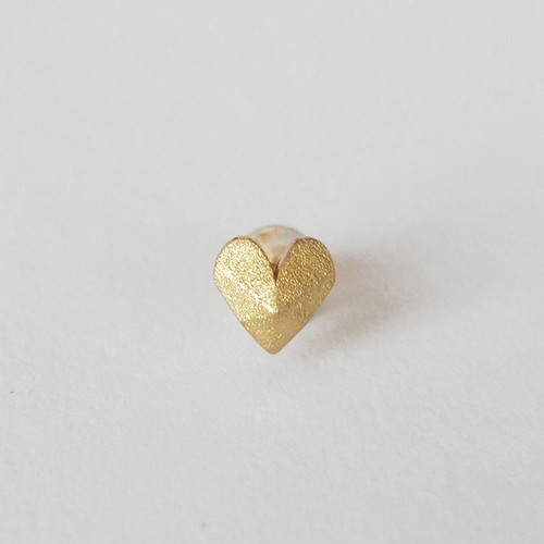 Heart-Shaped stud earring- S/シングルピアス