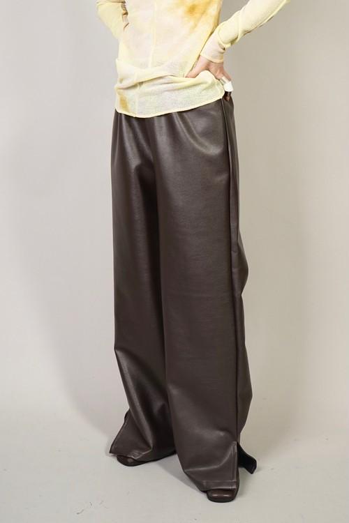 SLIT FAUX LEATHER PANTS  (BROWN) 2102-62-40