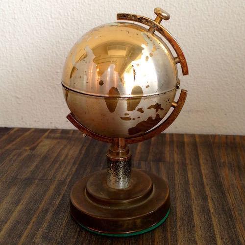 World Globe Lighter