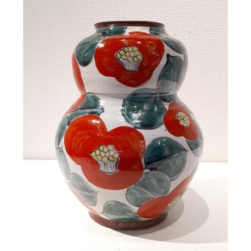 赤椿花瓶(中)