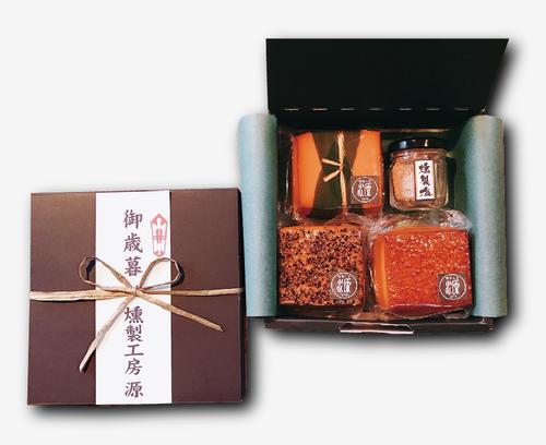 【選べる熨斗/贈り物】スモークチーズ3種+燻製塩セット