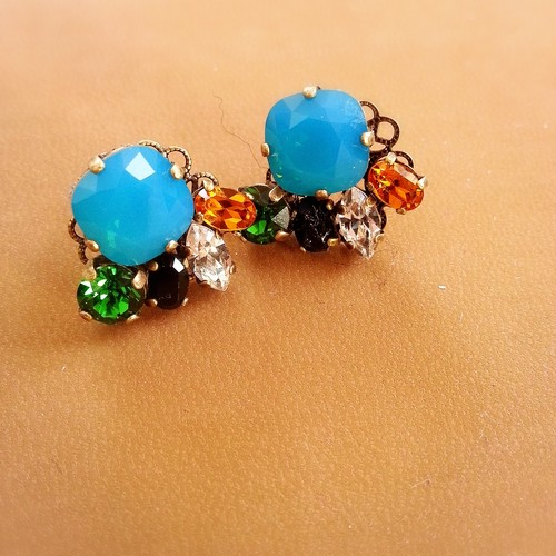 bijou with caribbean blue opal