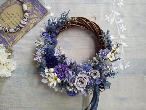 Lune Bonheur< bleu foncé>*ハーフムーンリース*プリザーブドフラワー*お花*ギフト*結婚祝い*新築祝い*お誕生日祝い*ウェディング*春の新作