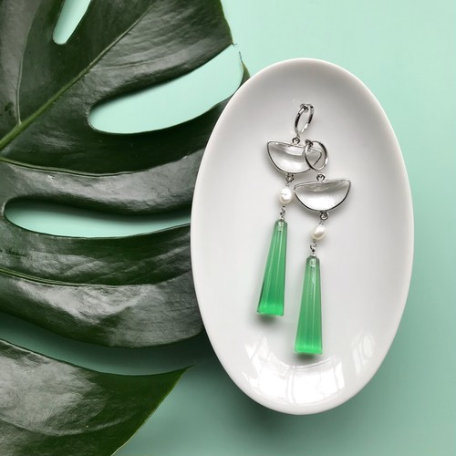 Clear green pierce / earring