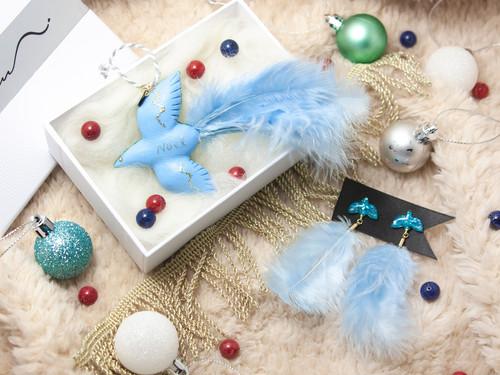 冬鳥の耳飾りと部屋飾り[sky blue] ピアス・イヤリング+オーナメント