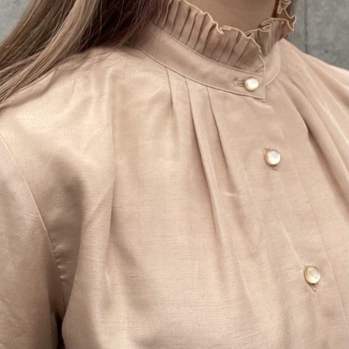 (LOOK) pleats stand collar blouse