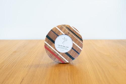 Wood & Resin Geometry Frame Round