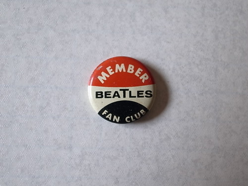 BADGE / THE BEATLES (60'S)