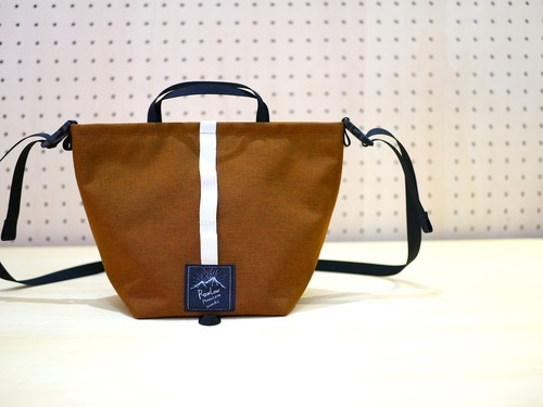 RAWLOW MOUNTAIN WORKS / TABITIBI TOTE(AMBER BROWN)