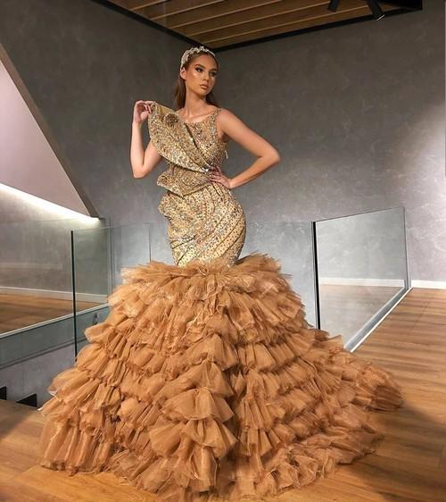 豪華絢爛 マーメイド ドレス 演歌 歌手 衣装 ステージ レディース  高級ドレス ホステス ウェディング バースデー 舞台衣装 綺麗 ゴージャス ウェディング フォトスタジオ ビジュー