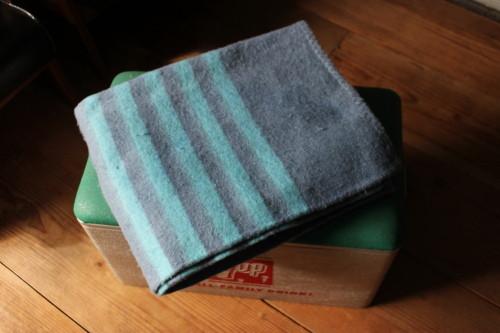 Recycle Wool Blanket (リサイクルウールブランケット)ブルー
