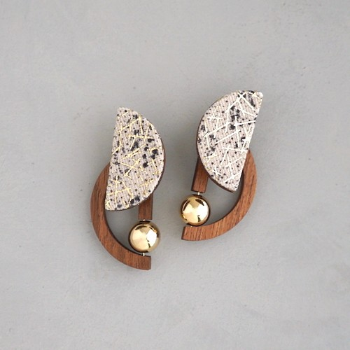 pierced earrings C-P31/earrings C-E31<gold>