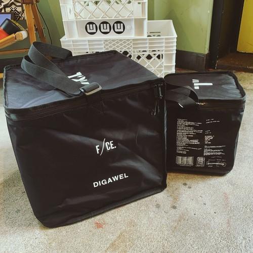 F/CE × DIGAWEL 7inch Vinyl Cooler BAG
