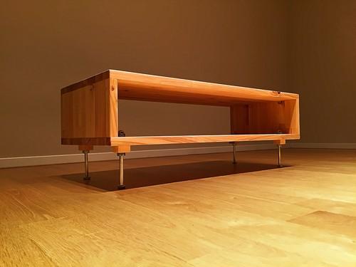 シンプルな桧のローテーブル / テレビ台 / サイドボード / サイドテーブル