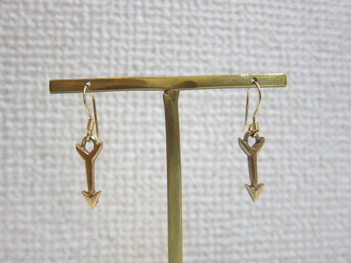 <SALE 50%off> gold arrowピアス