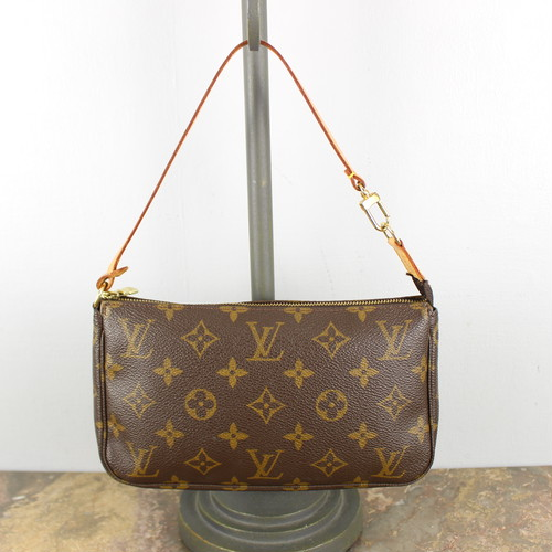 .LOUIS VUITTON M51980 VI0050 MONOGRAM PATTERNED MINI SHOULDER BAG PORCH MADE IN FRANCE/ルイヴィトンアクセソワールモノグラム柄ポーチ 2000000053486