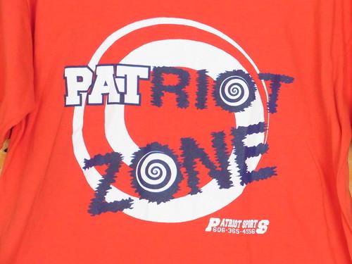 USA古着プリントTシャツL赤PATRIOT ZONE片面 綿100極美品
