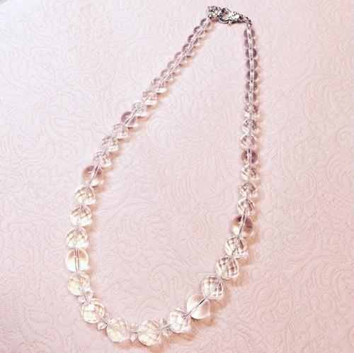 【シーンを選ばずいつでも身につけらことができます!】水晶のネックレス