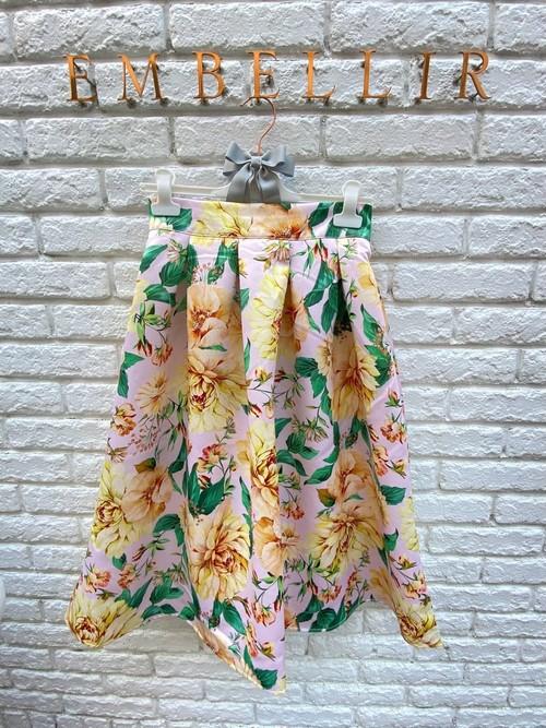 春爛漫 花柄スカート