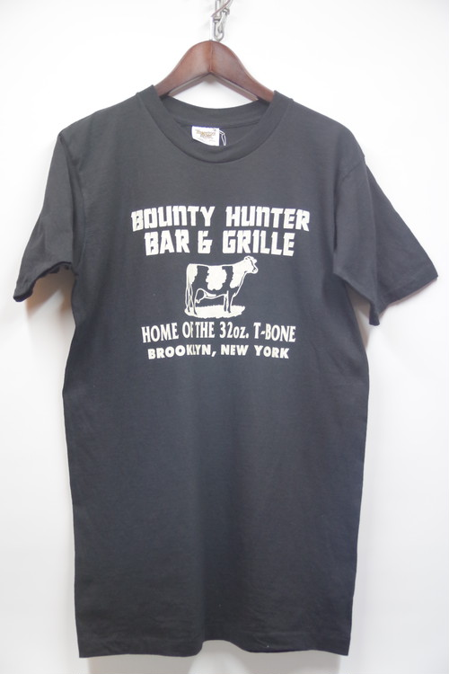 80's TENNESSEE RIVER BOUNTY HUNTER BAR & GRILLE T-Shirts(黒) DEAD STOCK