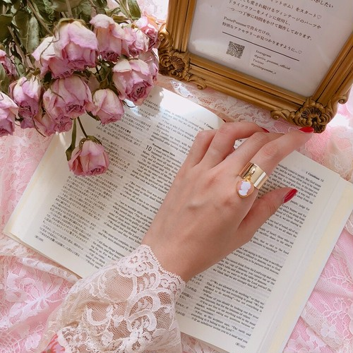 Heart × Cameo Girly Ring ♡