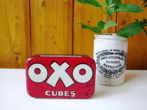 イギリスアンティーク 【OXO】ブリキ缶 レッド