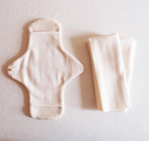 Pour moi  Moon Cloth #ivory | オーガニックコットン 布ナプキン 基本セット