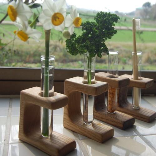 野草のための花器