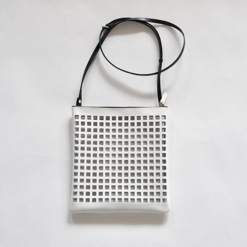 KŌSI /WHITE