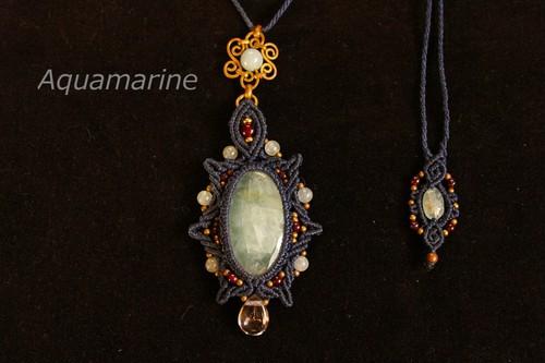 Aquamarine brasswire macrame pendant