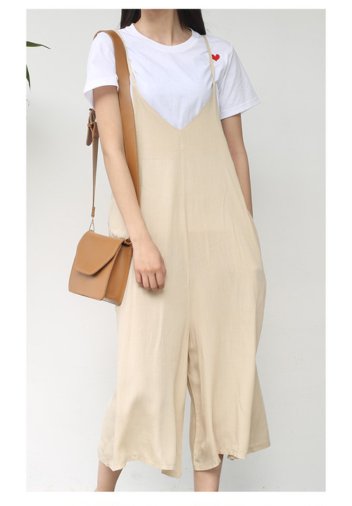 爽やかな綿麻素材のジャンパースカート風Vネックゆったりロングサマーサロペット