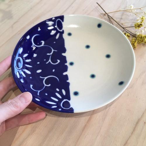 『高江洲陶磁器』 皿6寸 唐草青