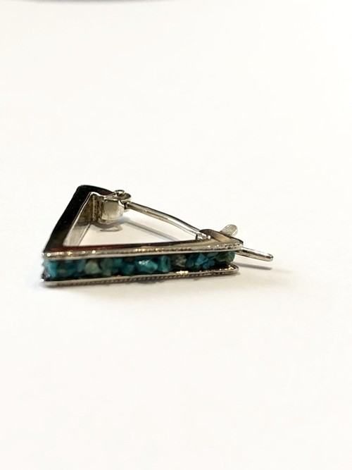 【GARDEN OF EDEN】EMBEDDING TURQUOISE TRIANGLE PIERCE