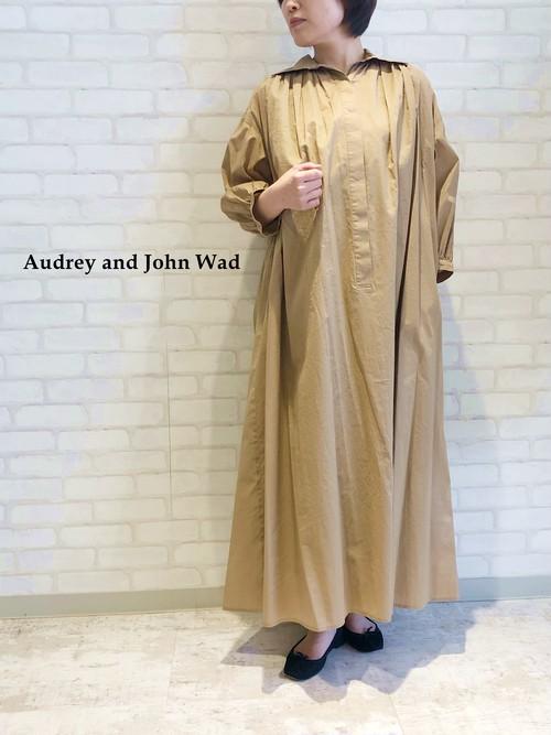 Audrey and John Wad/ギャザーボリュームワンピース/01901(ベージュ)
