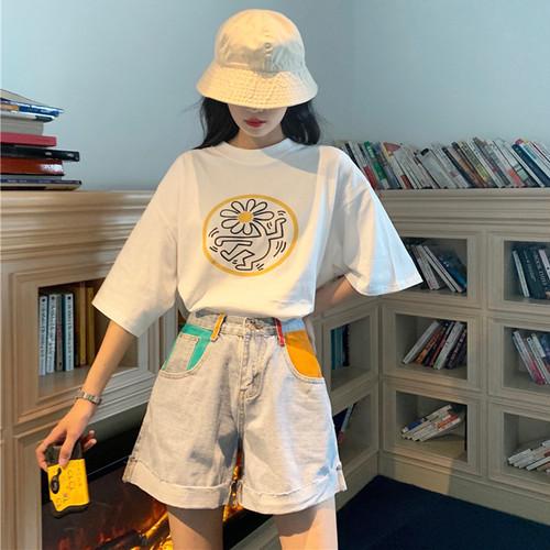 ゆったりTシャツ+マルチカラーポケットショートデニム