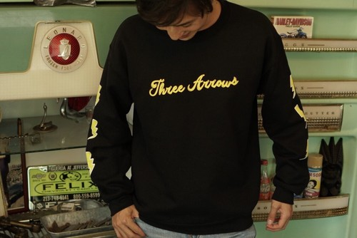 【11/6 21:00 販売開始】Candee logo Sweat(black)