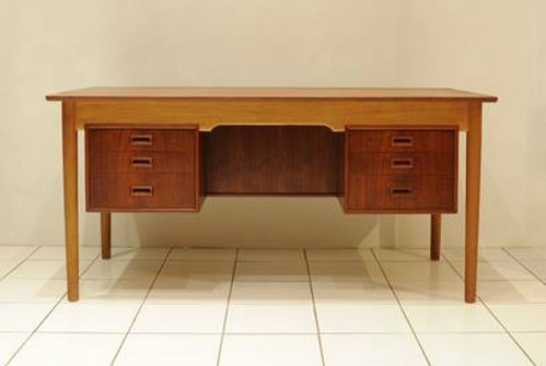 Danish Desk Teak&Oak w1560