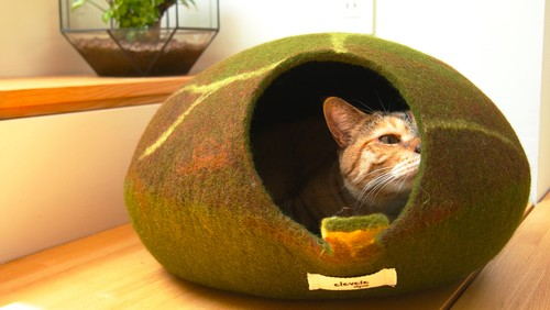 """Leaf"" Felt Cat Cave by elevele"