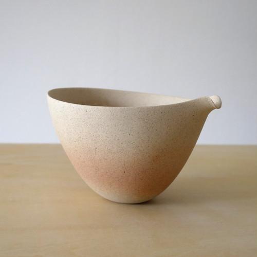 打田翠|炭化片口 Midori Uchida unglazed lipped bowl