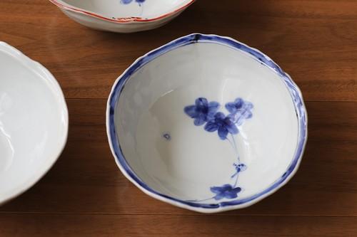松尾貞一郎 変形取り鉢 020820-K6 貞土窯(有田焼)直径約14cmのお鍋の取り鉢にちょうど良いサイズの鉢