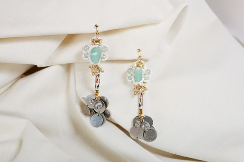 curtain call series_amulet 3 earring / petitJumelle(ぷてぃじゅめれ)